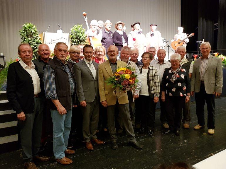 Manfred Kuchner von der Stadt Weiden ausgezeichnet