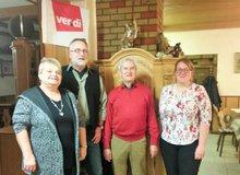 Politische Gespräche in gemütlicher Runde des Ortsverein Stiftland