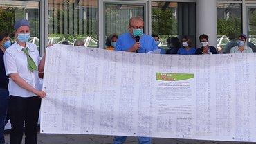 ver.di Vertrauensleute sammeln über 1700 Unterschriften am UKR