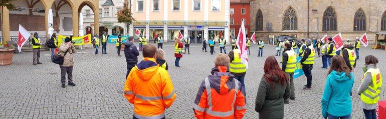 Beschäftigte der Stadt Amberg am 12. Oktober im Warnstreik