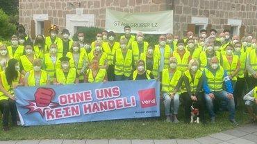 Warnstreik Stahlgruber Logistik Zentrum Sulzbach-Rosenberg